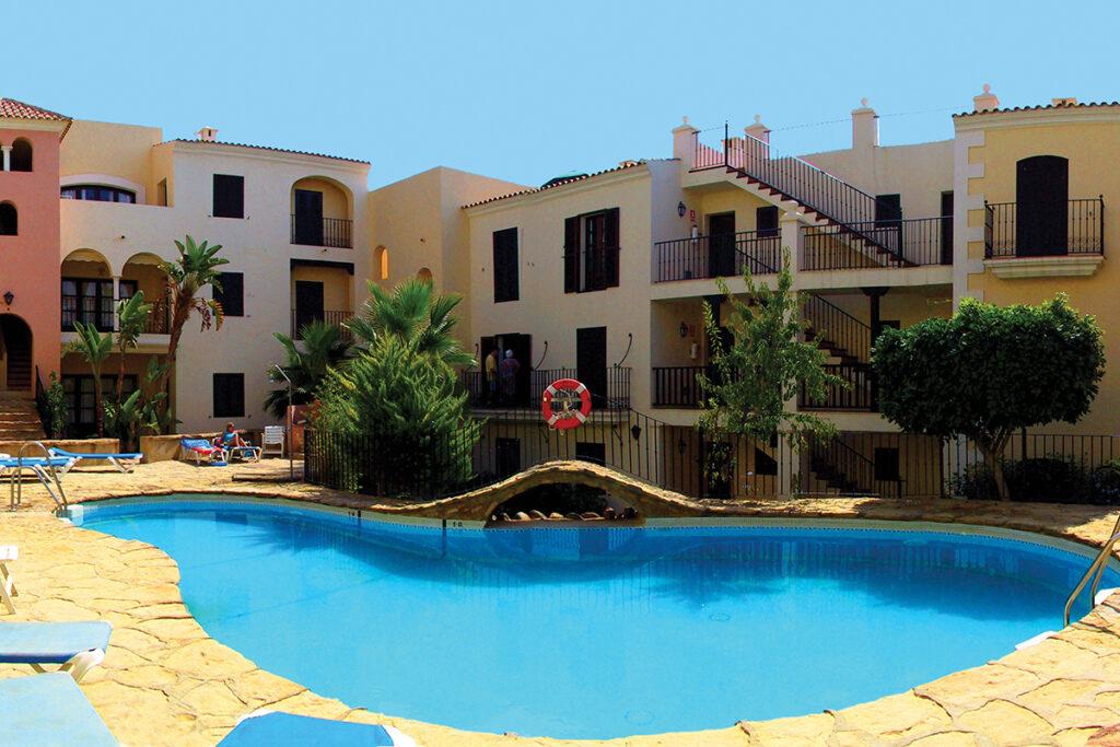 303 La Fortaleza Poolside 6
